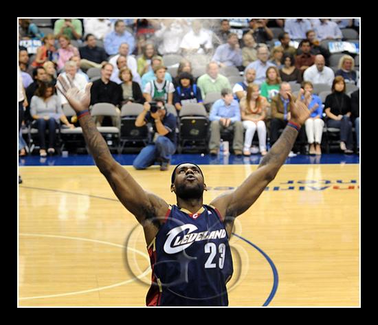 Cleveland Caveliers LeBron James #23
