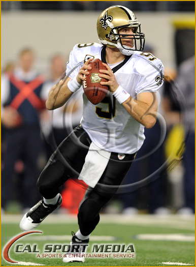 Dallas Cowboys vs New Orleans Saints Thanksgiving Day - Drew Brees