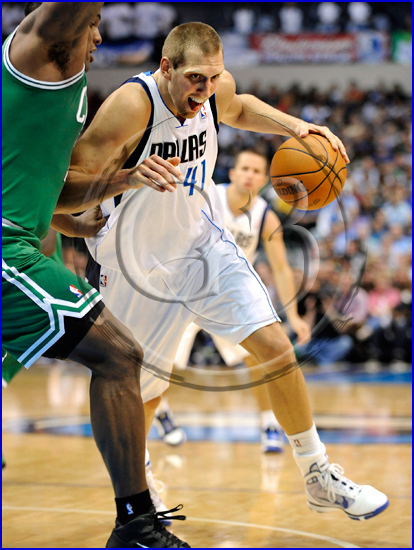 Dallas Mavericks vs Boston Celtics Dirk Nowitzki #41