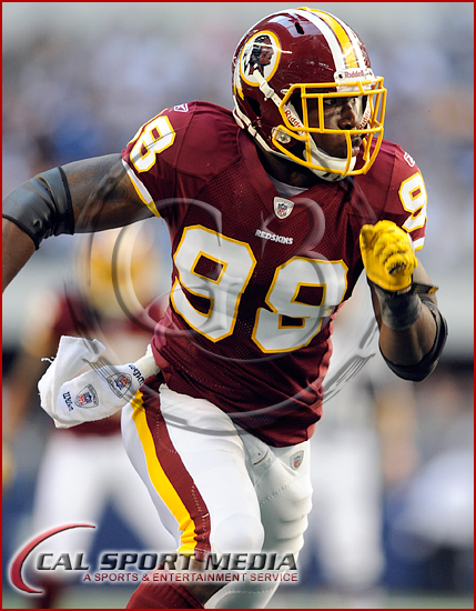 Dallas Cowboys vs Washington Redskins  Brian Orakpo #98