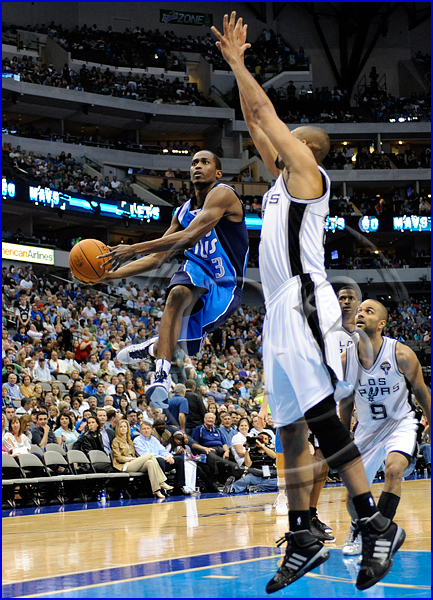 San Antonio Spurs vs Dallas Mavericks Roddy Beaubois