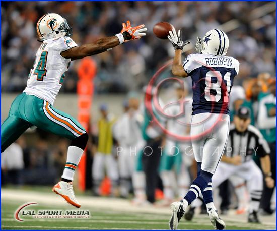 Miami Dolphins vs Dallas Cowboys Thanksgiving Day