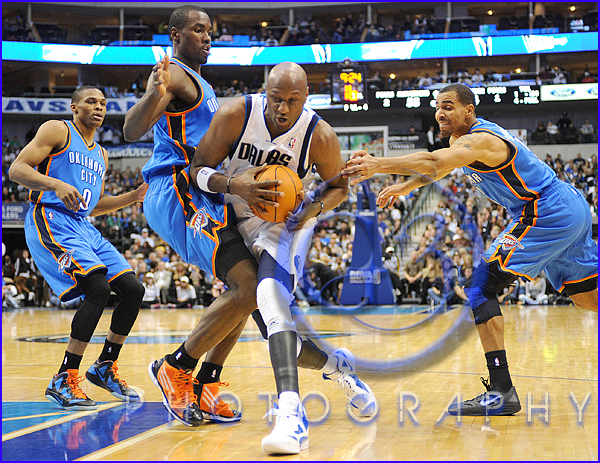 Oklahoma City Thunder vs Dallas Mavericks Lamar Odom #7