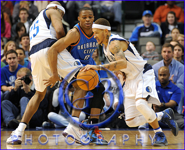 Oklahoma City Thunder vs Dallas Mavericks Delonte West