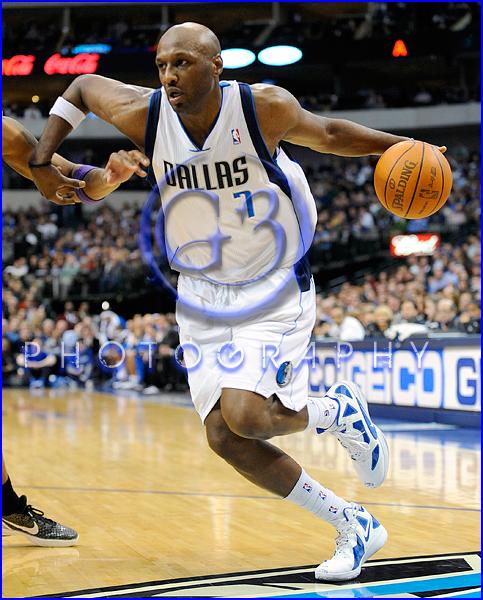 NBA 2012: Phoenix Suns vs Dallas Mavericks JAN 04 Lamar Odom