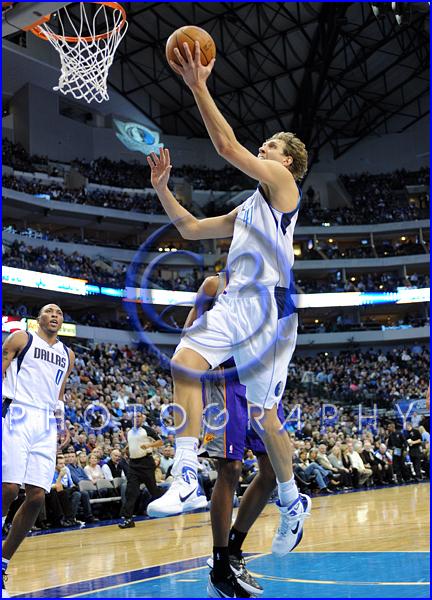 NBA 2012: Phoenix Suns vs Dallas Mavericks JAN 04 Dirk Nowitzki