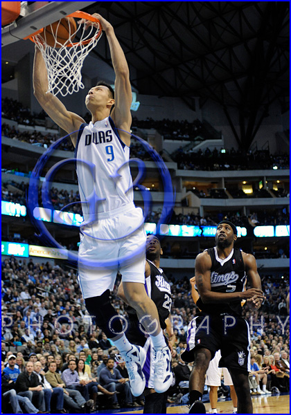 NBA Milwaukee Bucks vs Dallas Mavericks JAN 13  Yi Jianlian