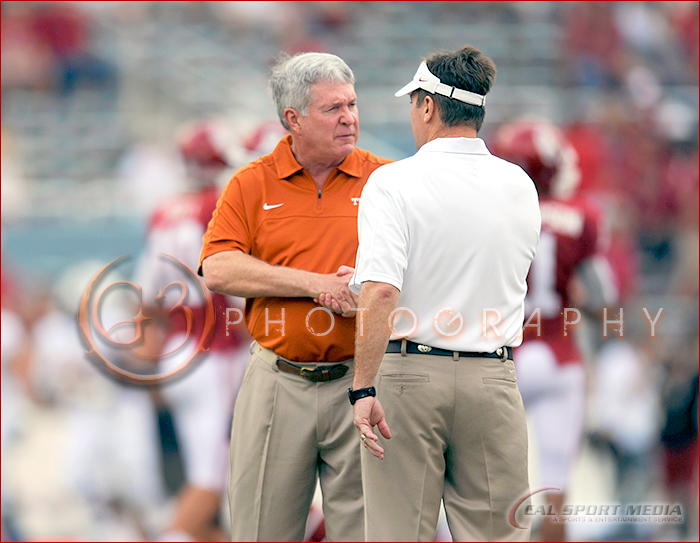 Texas Longhorns vs Oklahoma Sooners Red River Rivalry Mack Brown and Bob Stoops